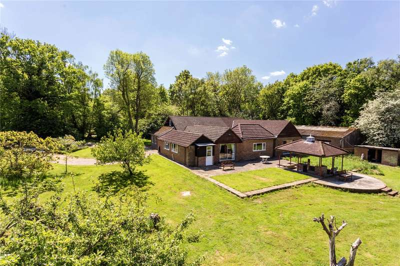 4 Bedrooms Detached House for sale in Ashen Grove Road, Knatts Valley, Sevenoaks, Kent, TN15