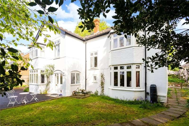 4 Bedrooms Detached House for sale in St. Rumbolds Road, Shaftesbury, Dorset, SP7