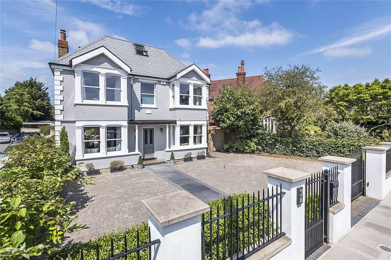 5 Bedrooms Detached House for sale in Broad Lane, Hampton, TW12