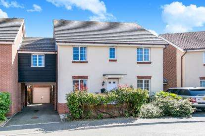 5 Bedrooms Link Detached House for sale in Harwich, Essex