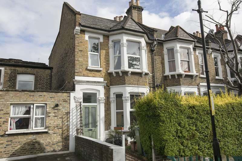 4 Bedrooms Terraced House for sale in Fenwick Road, Peckham, SE15