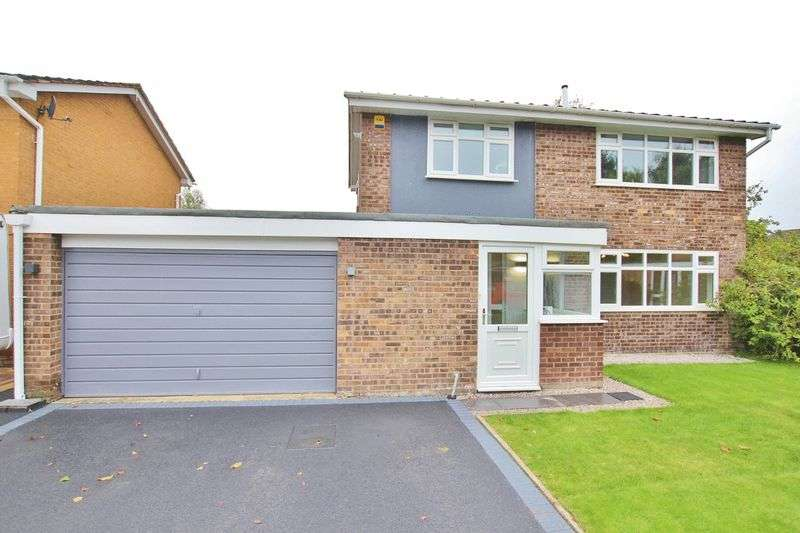 4 Bedrooms Property for sale in Whitegates Close, Willaston, Cheshire