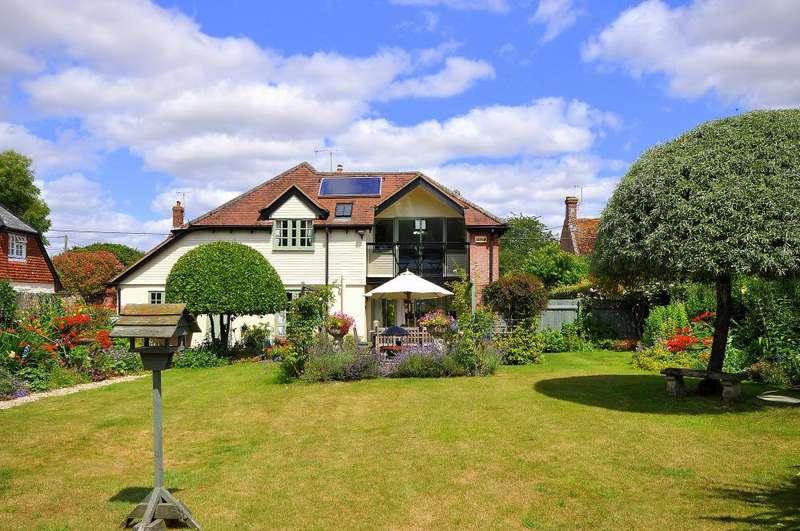 4 Bedrooms Detached House for sale in Martin, Fordingbridge, SP6 3LA