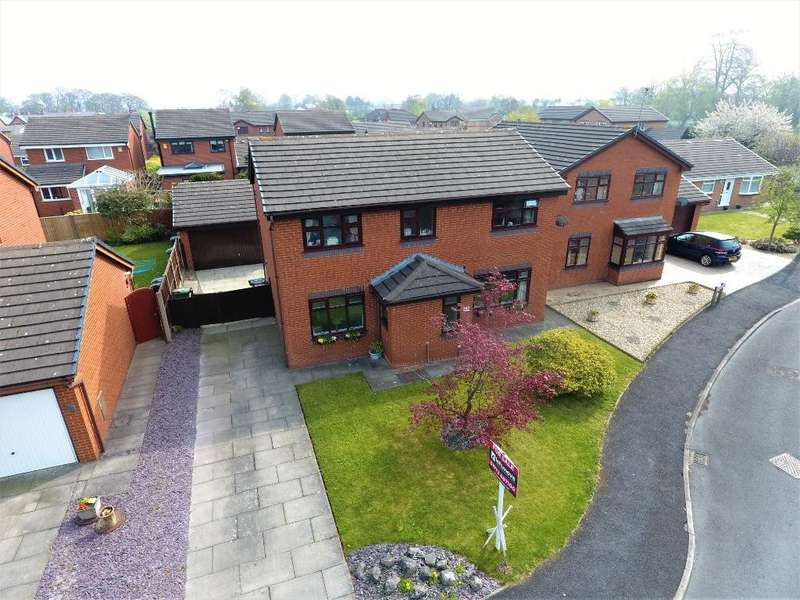 4 Bedrooms Detached House for sale in Gillow Road, Kirkham