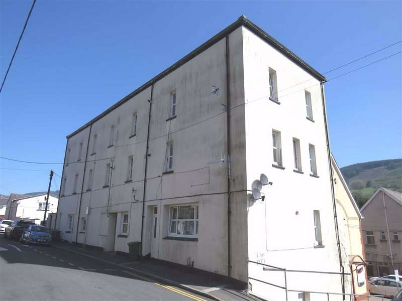 Flat for sale in Glancynon, Mountain Ash