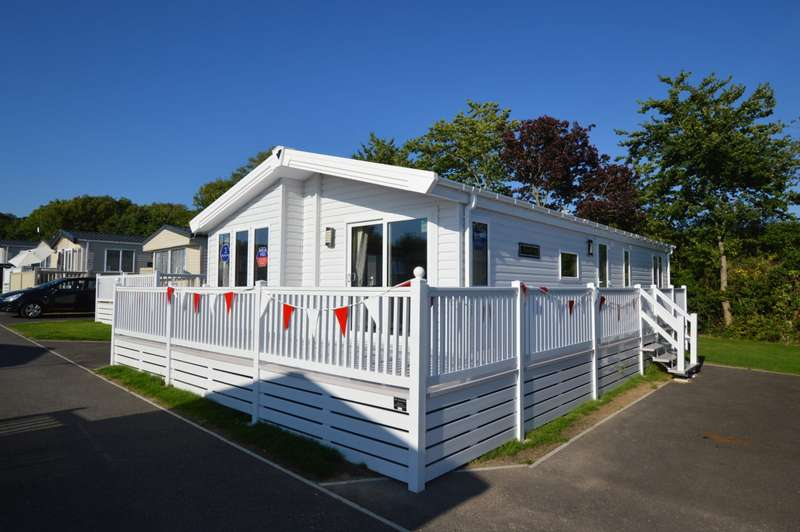 2 Bedrooms Caravan Mobile Home for sale in Dovercourt, Dovercourt