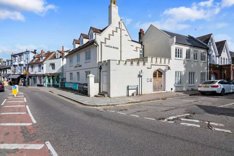 2 Bedrooms Flat for sale in PLOT 3 - Castle House, 17 Castle Street, Hertford