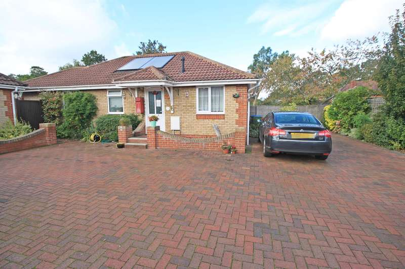 3 Bedrooms Detached Bungalow for sale in Orchard Heights, Portsmouth Road, Sholing, SO19 9AR