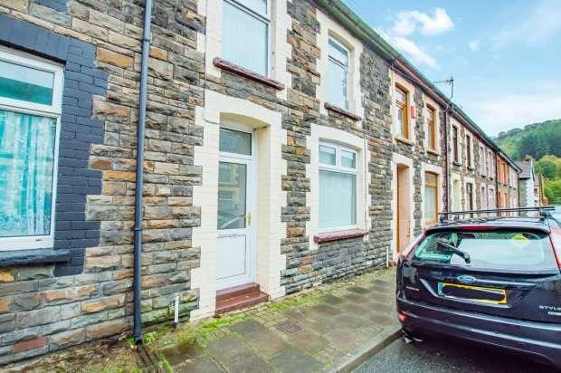 3 Bedrooms Terraced House for sale in Elizabeth Street, Pentre, Glamorgan, CF41 7JN