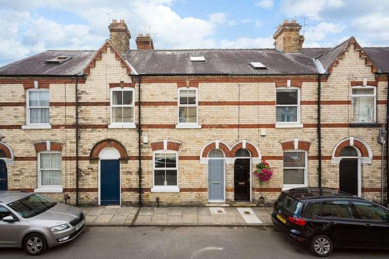 4 Bedrooms Property for sale in Abbey Street, York, YO30