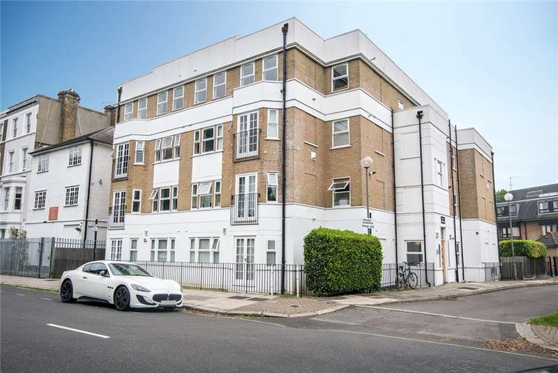2 Bedrooms Flat for rent in Stamford Brook Avenue, Stamford Brook, W6