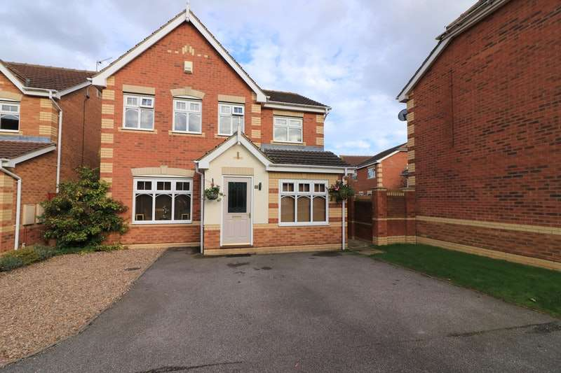 4 Bedrooms Detached House for sale in Harewood Grove, Cleethorpes, Lincolnshire, DN35
