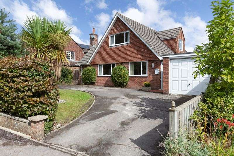 4 Bedrooms Property for sale in Jackson Close, Devizes