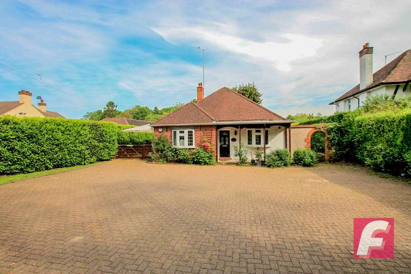 2 Bedrooms Detached Bungalow for sale in Fir Tree Hill, Rickmansworth