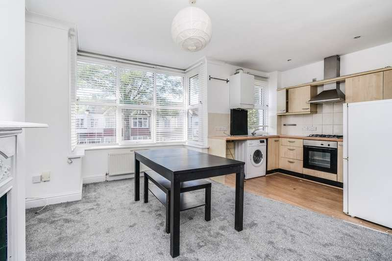 3 Bedrooms Flat for rent in Northfield Avenue, Ealing, W13