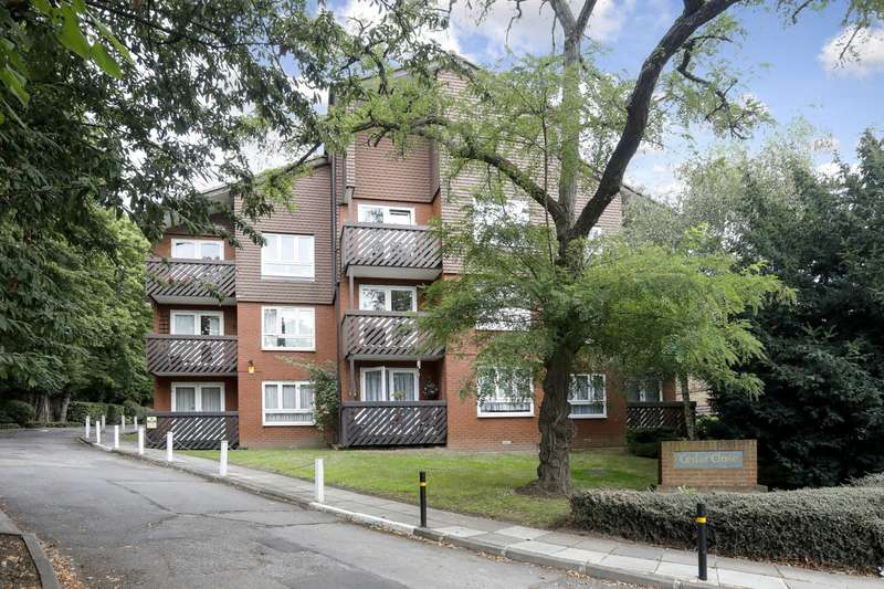 1 Bedroom Apartment Flat for sale in Cedar Close, Dulwich