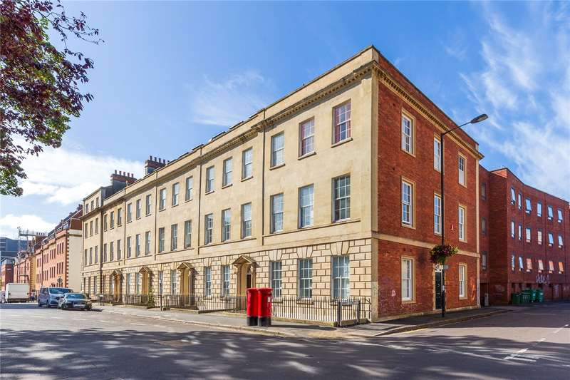 2 Bedrooms Flat for sale in Old Shoe Factory, Portland Square, Bristol BS2