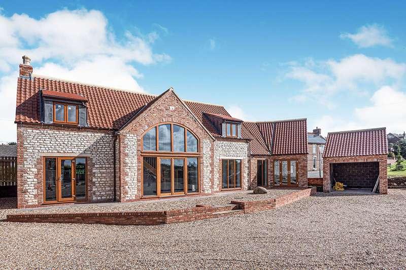 4 Bedrooms Detached House for sale in Haybarn Buckton Gate, Buckton, YO15