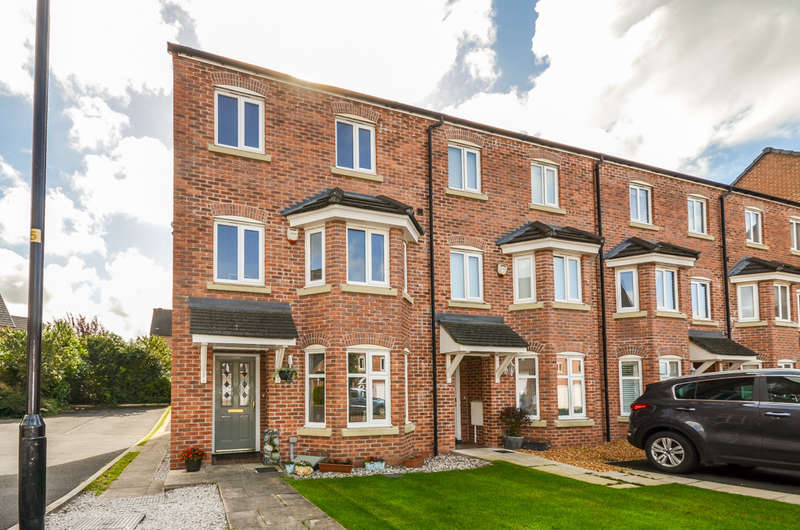3 Bedrooms Town House for sale in Goldfinch Drive, Catterall