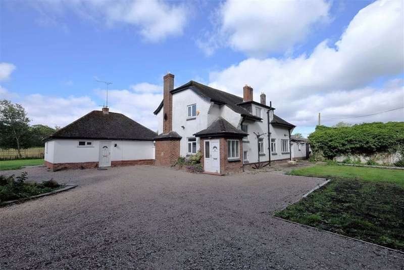 4 Bedrooms House for sale in Ballam Road, Lytham