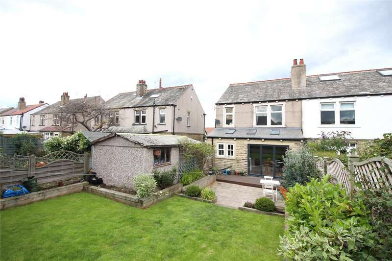 3 Bedrooms Property for sale in Armitage Avenue, Brighouse