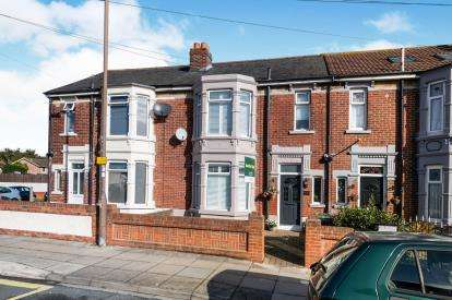 3 Bedrooms Terraced House for sale in Baffins, Portsmouth, Hampshire