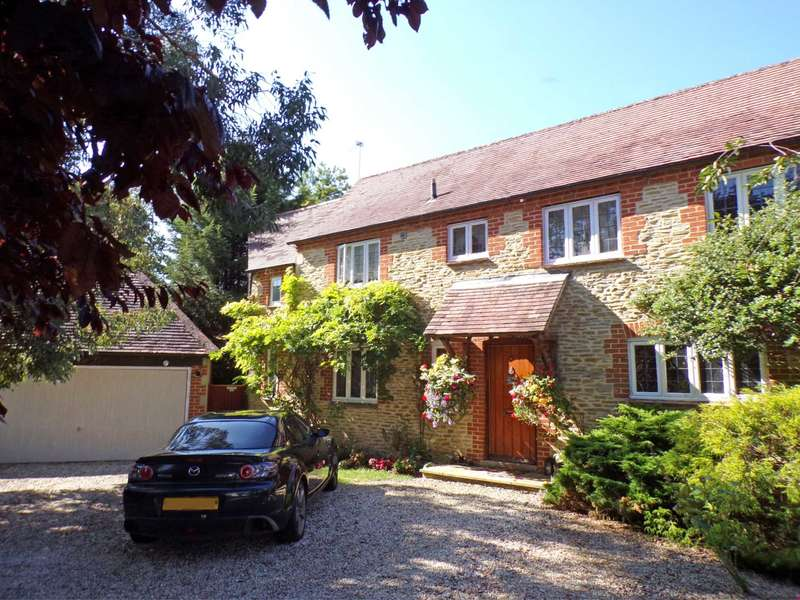 4 Bedrooms Detached House for sale in Manor Road, Fringford