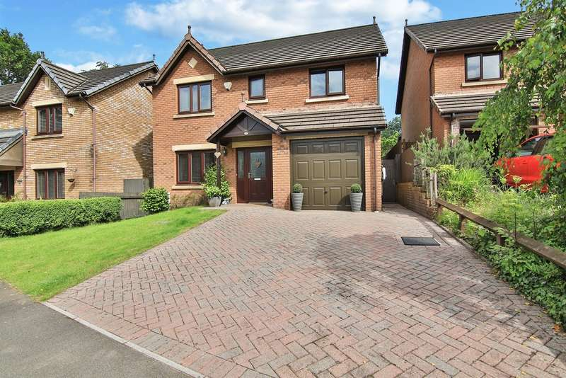 4 Bedrooms Detached House for sale in Clos Trefeddyg, Machen, Caerphilly