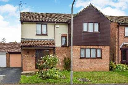 4 Bedrooms Detached House for sale in Trafalgar Avenue, Bletchley, Milton Keynes, Buckinghamshire
