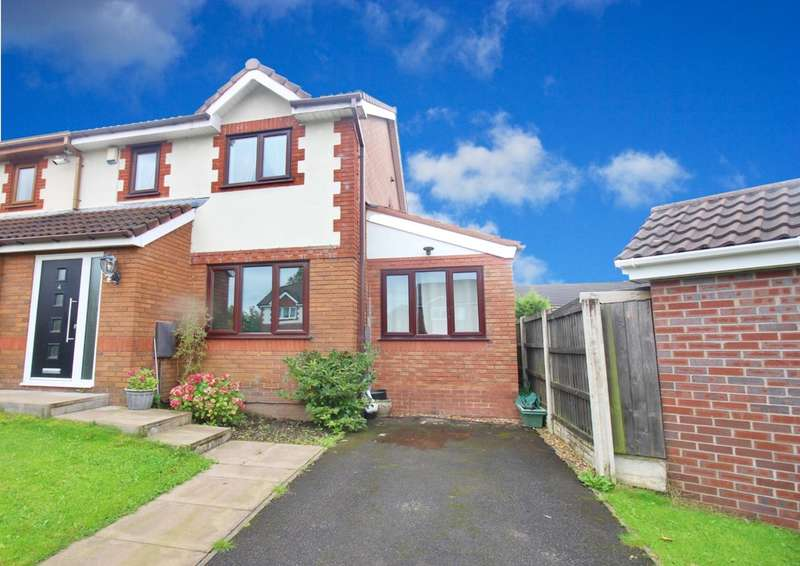 4 Bedrooms Semi Detached House for sale in Redsands Drive, Fulwood