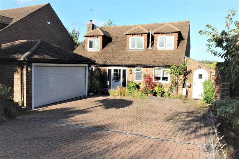 3 Bedrooms Detached House for sale in Frieth Road, Marlow