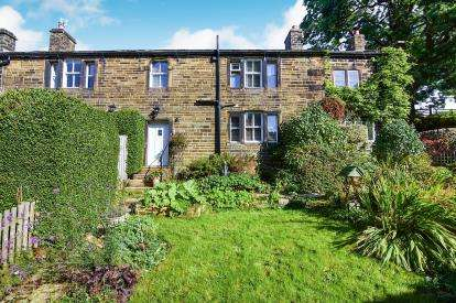 4 Bedrooms End Of Terrace House for sale in Farra Street, Oxenhope, Keighley, West Yorkshire