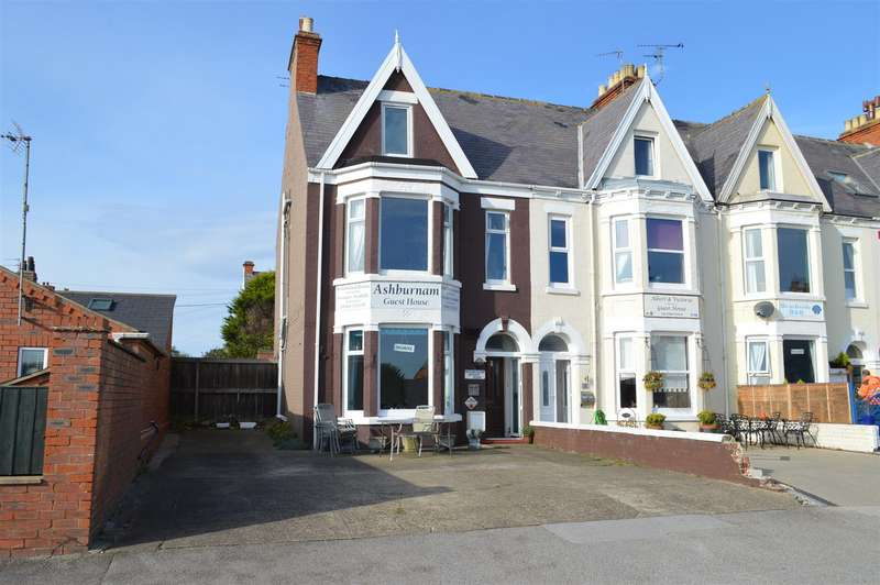 9 Bedrooms House for sale in Victoria Avenue, Hornsea