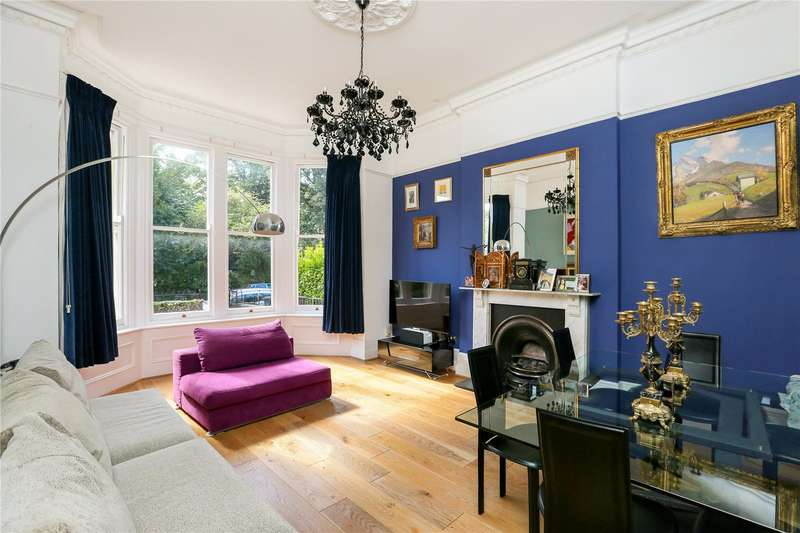 2 Bedrooms Flat for sale in Eaton Crescent, Clifton, Bristol, BS8
