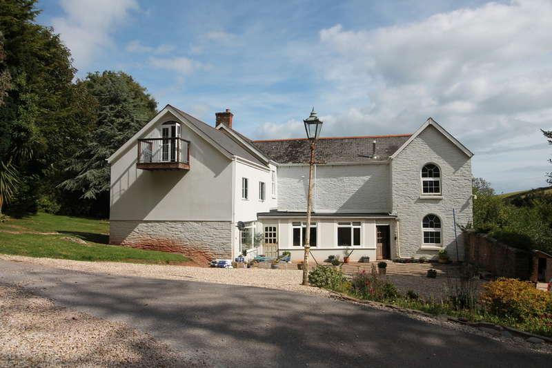 12 Bedrooms Detached House for sale in Stokenham, Kingsbridge