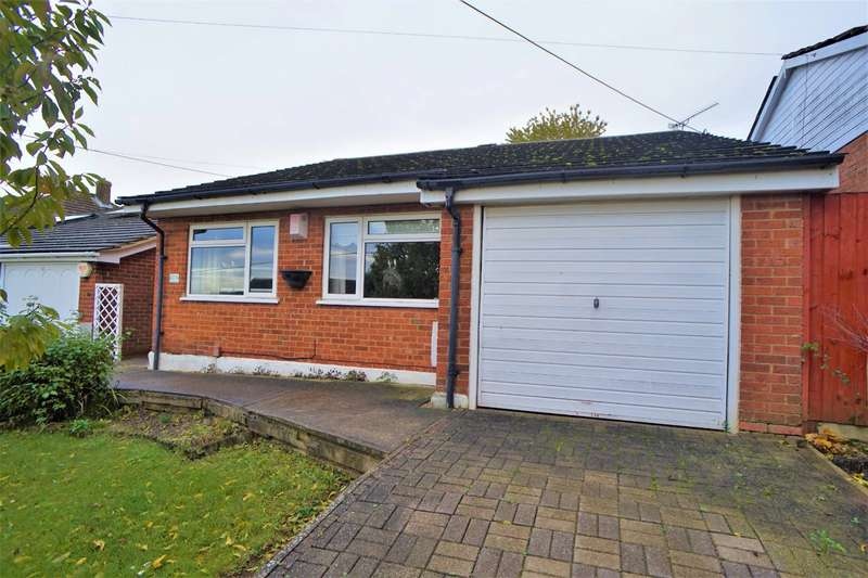3 Bedrooms Detached Bungalow for sale in Lords Wood Lane, Chatham, Kent, ME5