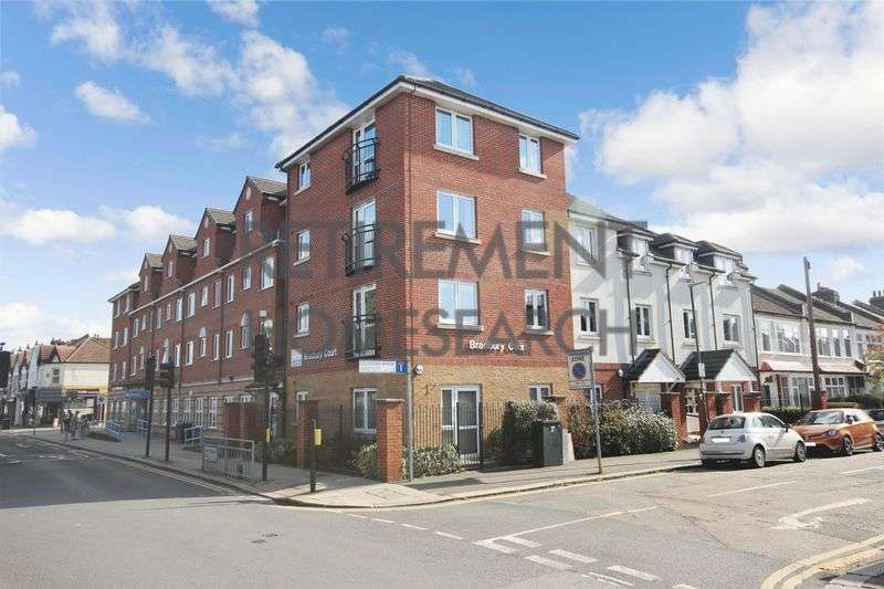 1 Bedroom Property for sale in Bradbury Court, Raynes Park, SW20 8BF