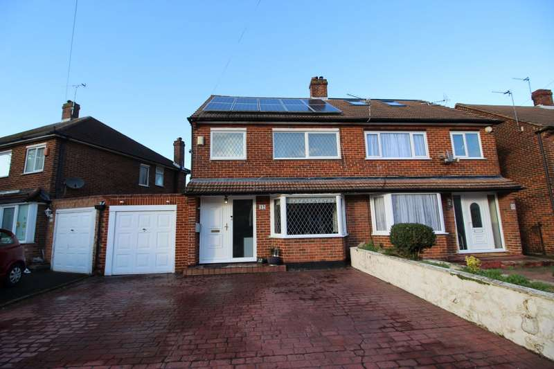 3 Bedrooms Semi Detached House for sale in Farm Avenue, Swanley, Kent, BR8
