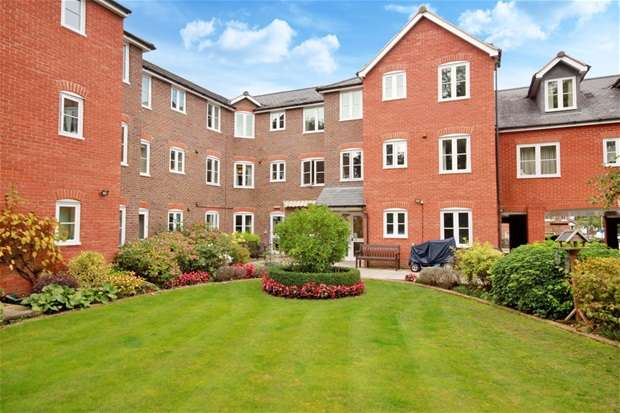1 Bedroom Flat for sale in Southdown Road, Harpenden