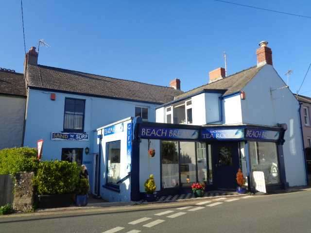 5 Bedrooms Commercial Property for sale in Beach Break Tearooms & Gift Shop, Manorbier House, Manorbier