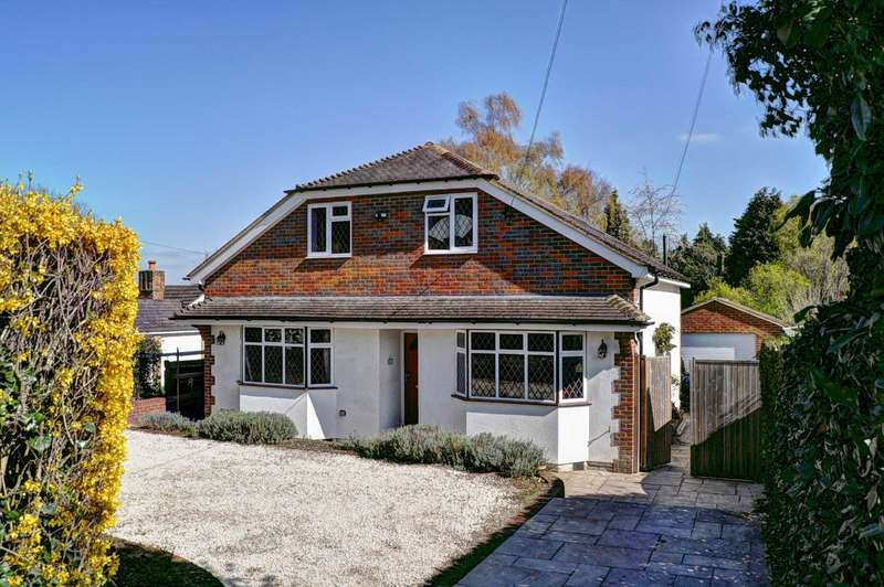5 Bedrooms Detached House for sale in Bolter End Lane, Bolter End
