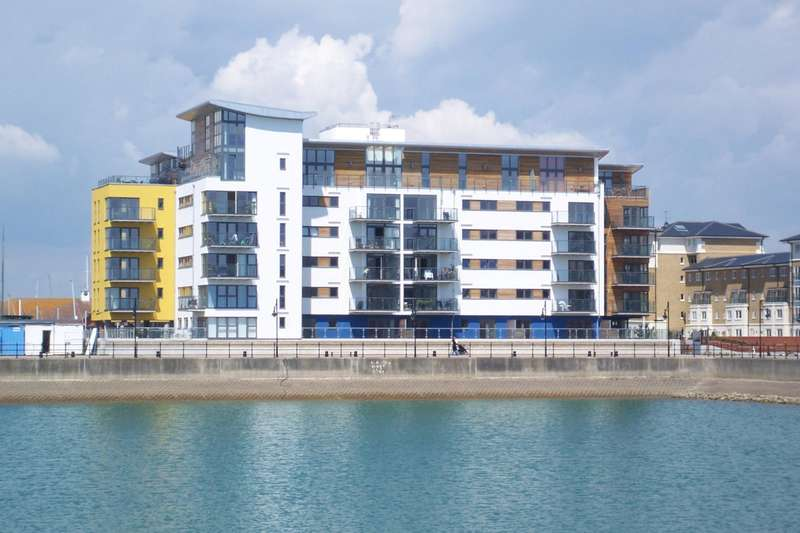 2 Bedrooms Apartment Flat for rent in Centauri Court, Midway Quay, Eastbourne
