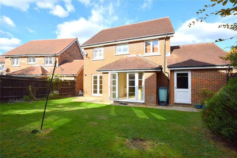 4 Bedrooms Detached House for sale in Little East Field, Coulsdon