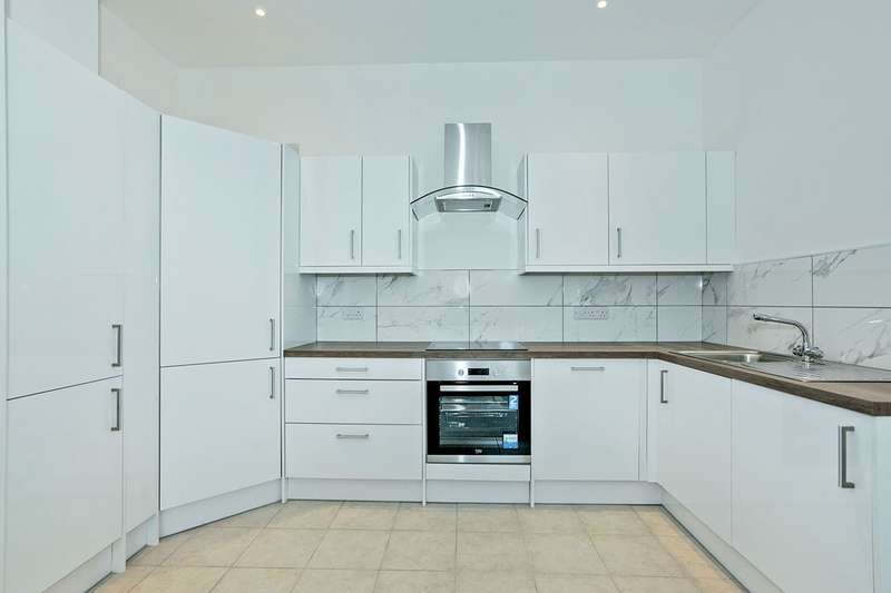 1 Bedroom Apartment Flat for sale in Kings Apartments, Hanway Road, Portsmouth, PO2
