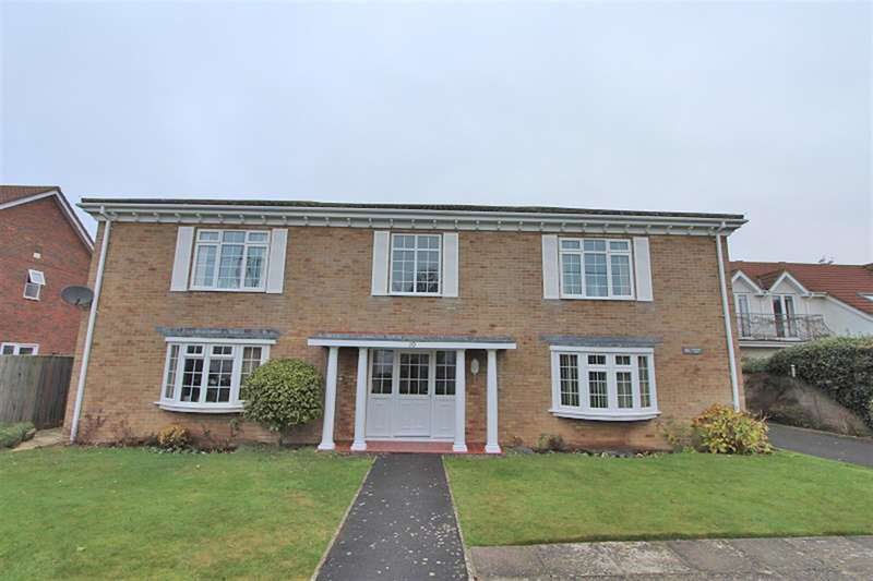 2 Bedrooms Ground Flat for sale in Berryhead Court, Barton Wood Road, Barton-On-Sea, Hampshire, BH25 7NN