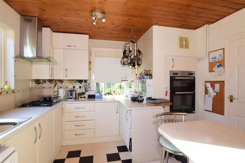 4 Bedrooms Detached House for sale in Emsbrook Drive, , Emsworth, Hampshire