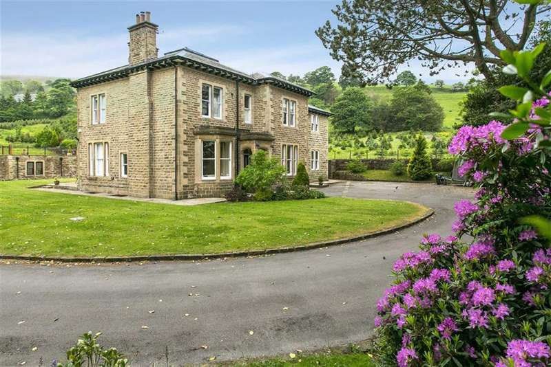 5 Bedrooms Detached House for sale in Cowpe Road, Rossendale, Lancashire, BB4