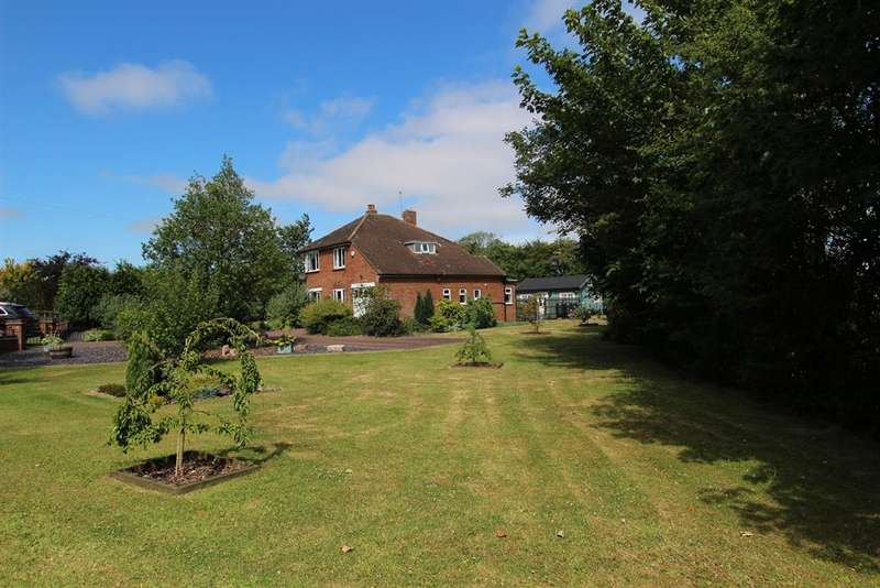 3 Bedrooms Detached House for sale in Alford Road, Bilsby, Alford