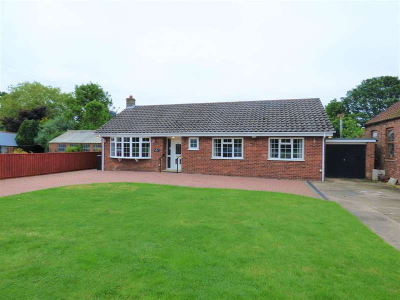 3 Bedrooms Detached Bungalow for sale in Town Street, South Somercotes