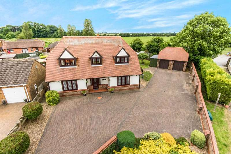 4 Bedrooms Detached House for sale in Sea Road, Chapel St Leonards, PE24 5RX